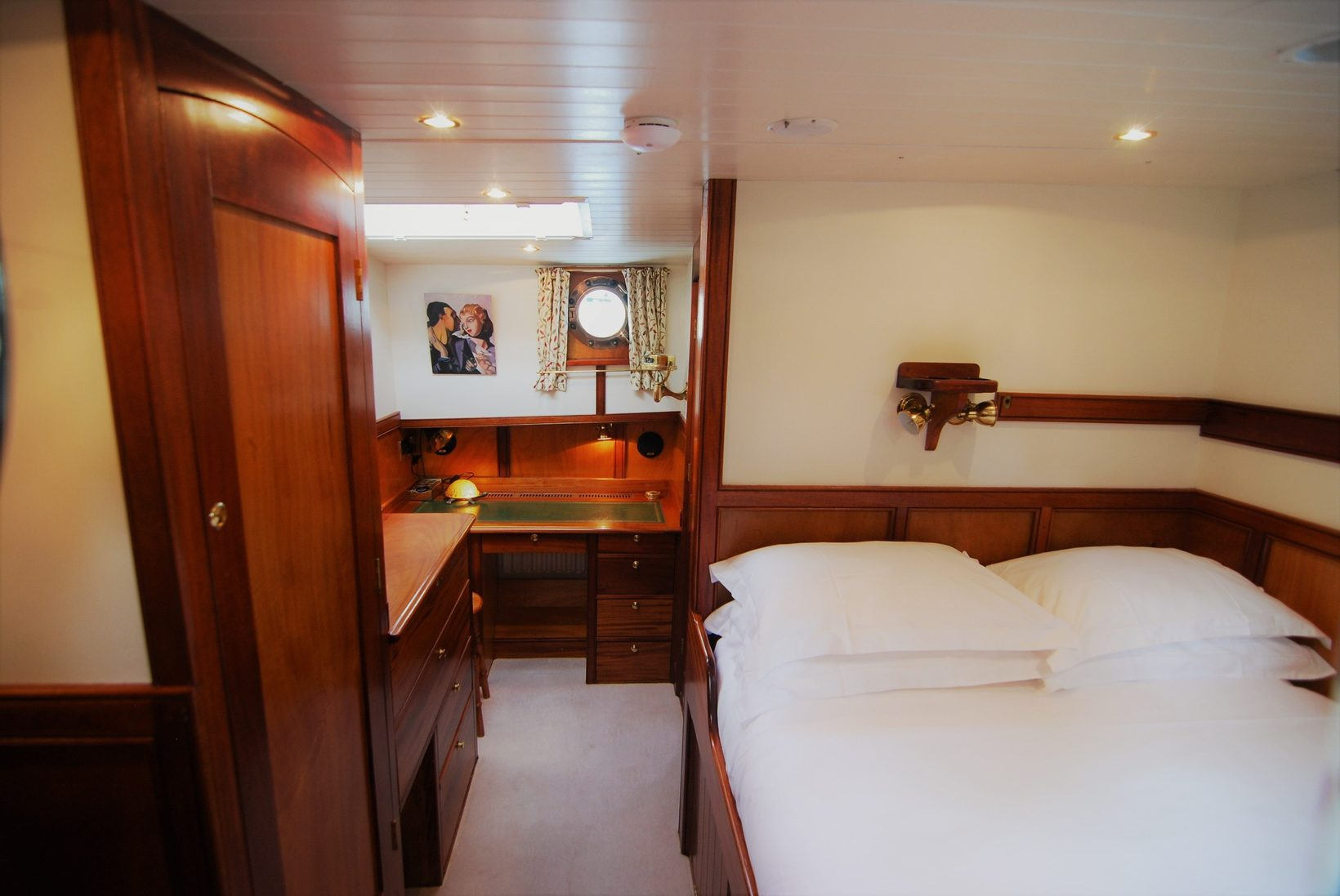 Master Cabin With En-Suite