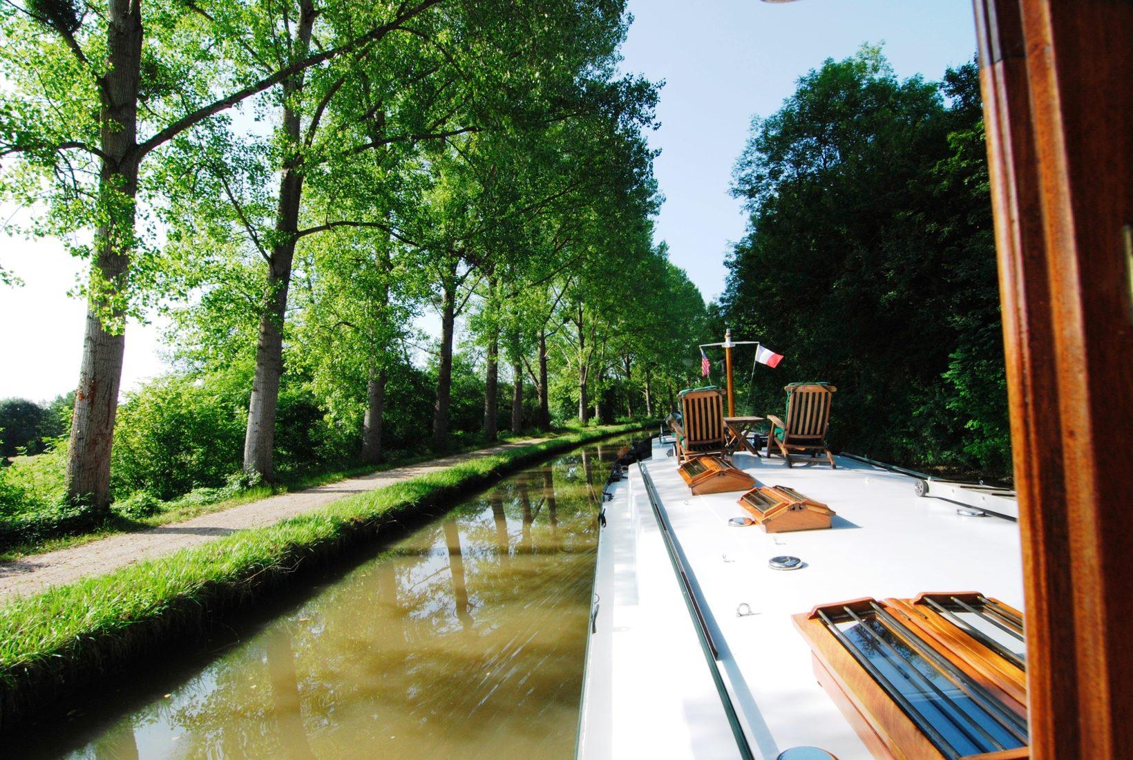 Nivernais Canal Cruising