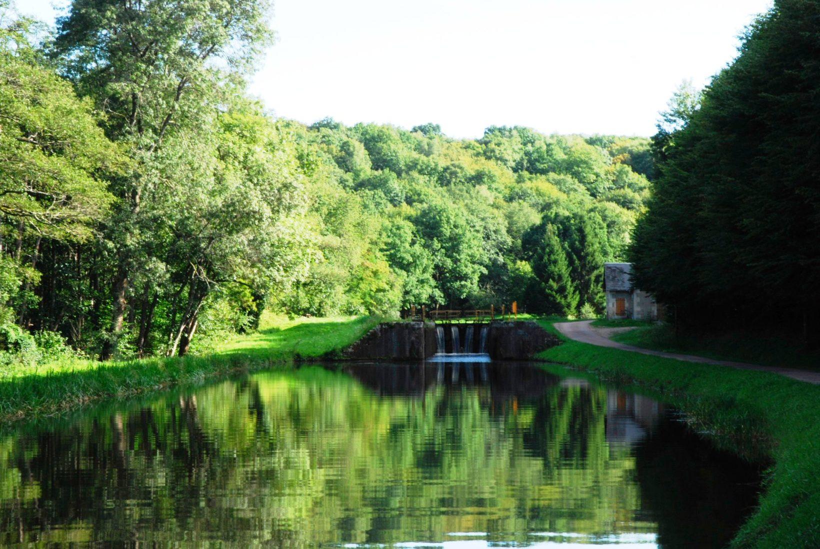 Canal du Nivernais at Sardy